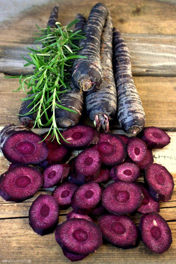 Violetter Möhren-Flammkuchen1